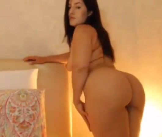 Sexy Girls Show Pussies